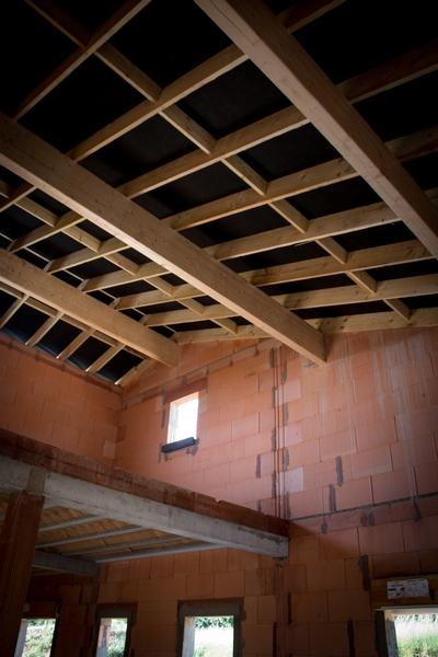 détail toiture maison a etage Saint-Leon 31560